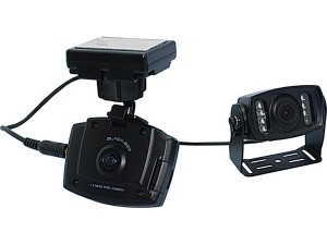 В продаже появились автомобильные видеорегистраторы